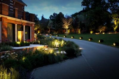 Case Stus Ornamental Garden Lighting